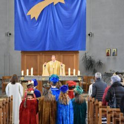 Sternsinger im Gottesdienst